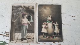 Set van 2 mooie oude/antieke Franse Paaskaarten. Begin 1900
