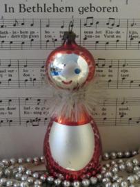 Antieke kerstbal: GROTE Eskimo (?) - poppetje.Met kraag van engelenhaar/Tinsel 12½ cm. hoog!