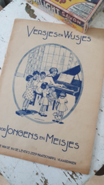 VERSJES en WIJSJES voor Jongens en Meisjes. N.V. De LEVER's Mij. Met reclame! - B
