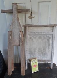 Antiek wasbord met glas & oude (draai) wasstamper + GRATIS oud pak Persil