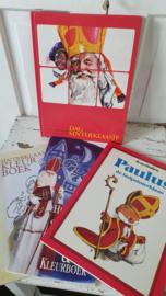 Set van 4 leuke, oude Sint Nicolaas boeken met liedjes, kleurplaten, verhalen etc