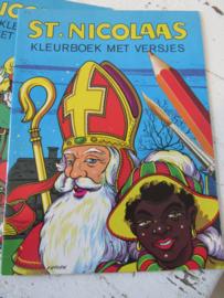 St. NICOLAAS: Kleurboek met versjes. 1967. Len van Groen. -  H