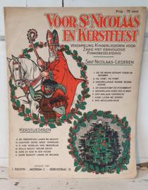 Antiek boek voor Sinterklaas en Kerstfeest uit ca. 1920