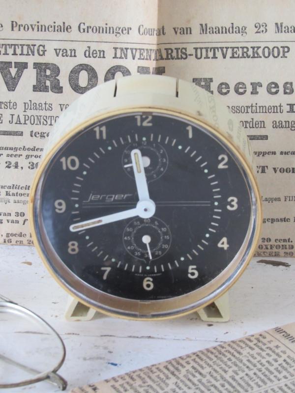 Retro/vintage wekker JERGER. Werkend