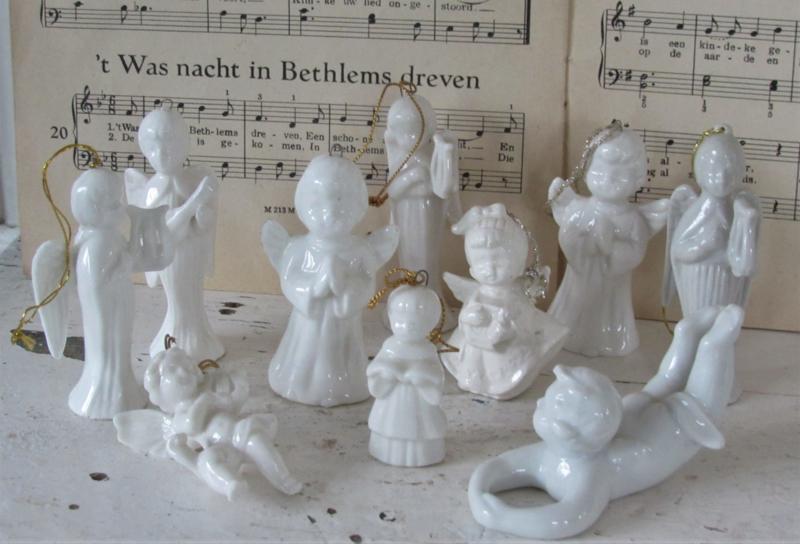 Set van 10 stenen Engeltjes voor in de kerstboom!
