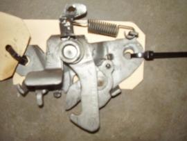 0051 motorkapslot aixam zie omschrijving
