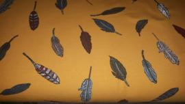 Gele tricot stof met veertjes