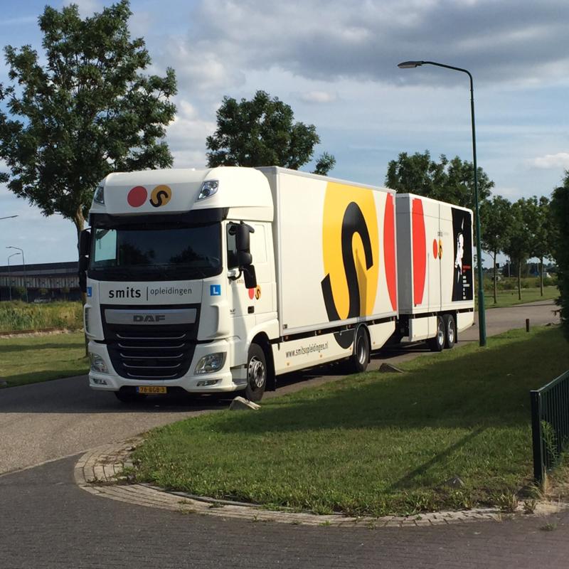 W05 Manoeuvreren - Datum in overleg - Oss, Nijmegen, Tiel of Arnhem - (Particuliere klant vrijgesteld van BTW)