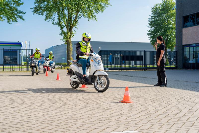 's-Hertogenbosch | 12 mei 2021 les + aansluitend examen + GRATIS scooterhelm