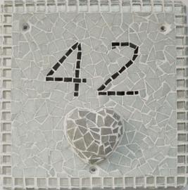 Huisnummerbord met 3D aspect
