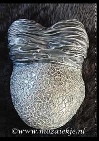 Gipsbuik mozaiek en bewerkt met doek