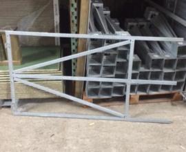 Verstelbaar poortframe ( voor tuinhek max. 1,5m breed)