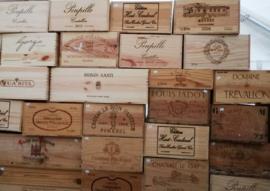 diverse wijnkisten