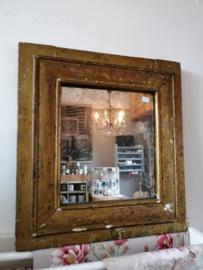 Oude rechthoekige spiegel