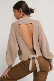 Nakd open back knit sweater beige