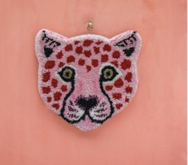 Doing Goods Looney Leopard Head Rug pink