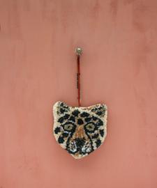 Doing goods leopard hanger