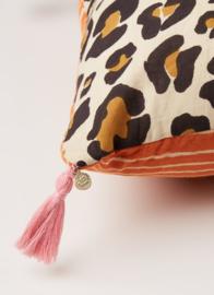 Doing goods leopard cushion