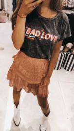 Pinned by K limited TEE - bad love