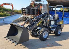 WCM HQ180 Shovel 2 ton