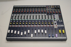 Mengtafel Soundcraft-efx12