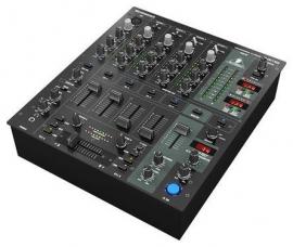 Behringer DJ Mixer
