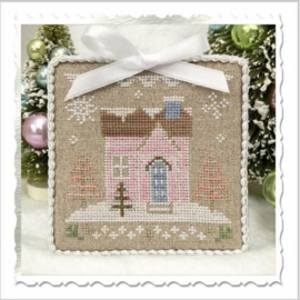 "Country Cottage Needleworks - Glitter Village - ""Glitter House 8"""