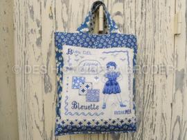 Des Histoires à broder - Bleuette et son petit sac