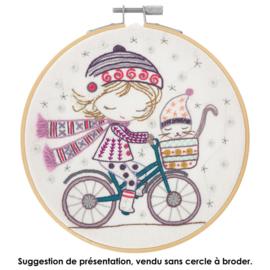 Un chat dans l'aiguille - Quand Salomé se promène à vélo (ref. 139)