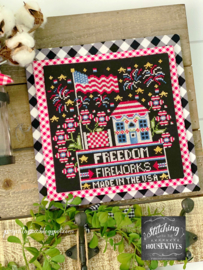 Stitching with the Housewives - Calendar Crates - July