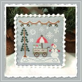 "Country Cottage Needleworks - Snow Village ""Snow Cone Cart"" nr. 11"