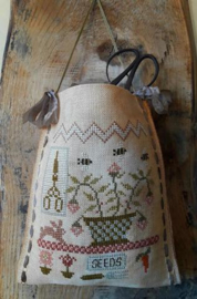 Nikyscreations - Garden Tyme Sewing Bag