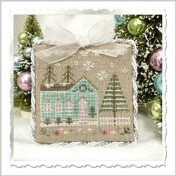 "Country Cottage Needleworks - Glitter Village - ""Glitter House 7"""