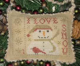 Homespun Elegance -I love snow (Snowman Ornament)