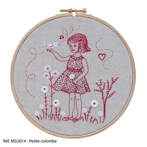 Marie Suarez - Petite Colombe (borduren/stitchery)