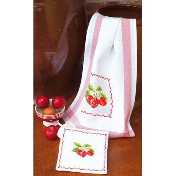 Vervaco - 2320/12.403 - Pannenlap met aardbeien