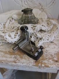 Oude nietmachine