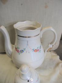 Koffiepot van bruids servies