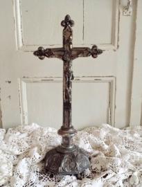 Kruis op voet    VERKOCHT
