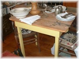 keuken tafel geel                        VERKOCHT