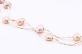 ___261576___  Zilveren collier zachtrose parels