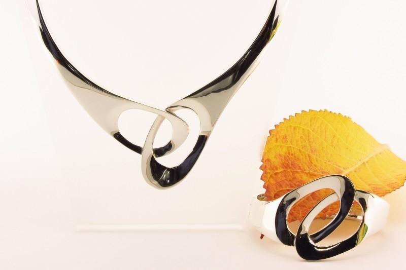 ___261137___ Zilveren spang met armband