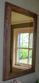 2 identieke spiegels met eikenhouten lijst 80 cm hoog x 56 cm breed, OOK PER STUK VERKRIJGBAAR