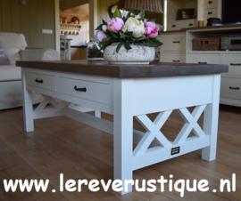 Landelijk witte salontafel met onderbalk en eiken blad 130 cm l. x 70 cm br. x 52 cm hg. XR