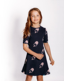 bobbi ravioli jurk met korte mouw antraciet