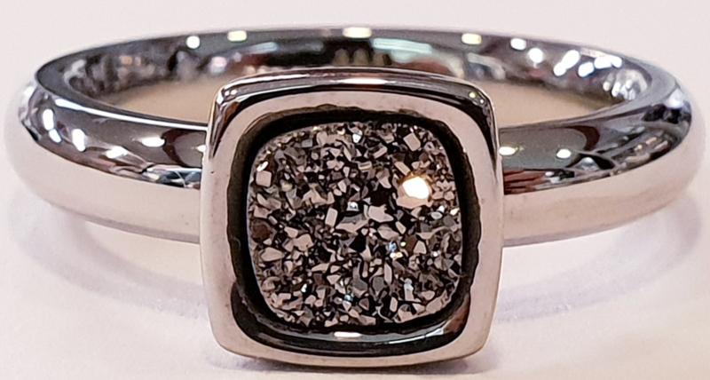Model 18 zilverkleurig
