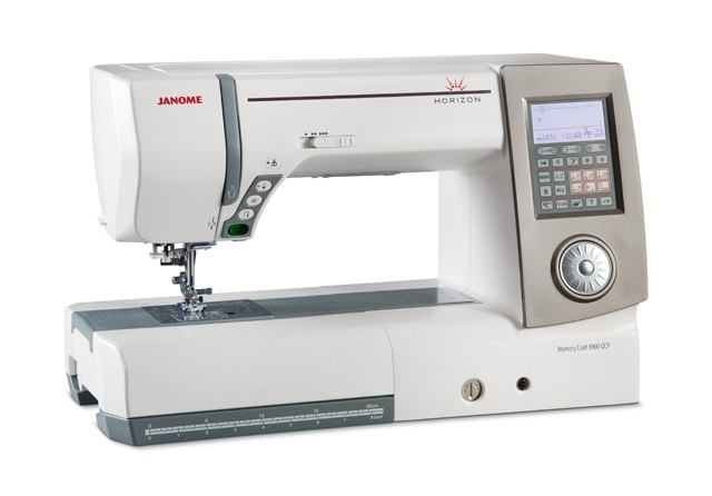 Janome Memory Craft 8900 QCP Horizon