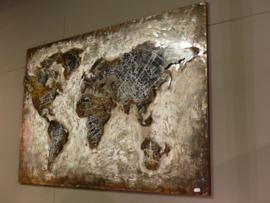 Metalen wereldkaart 120x80cm