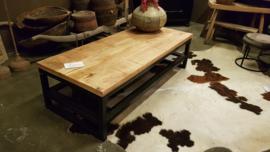 Mangohouten salontafel 140cm gaas