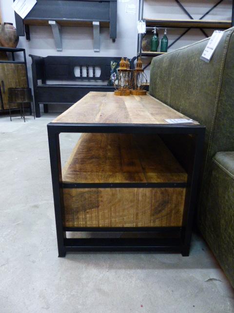 Tv Kast Mango 150 Cm Breed Mangoacaciaold Wood Collectie